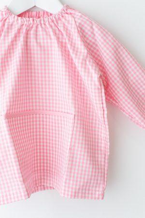 babi-escolar-basic-rosa-manga-larga-sin-botones-detalle