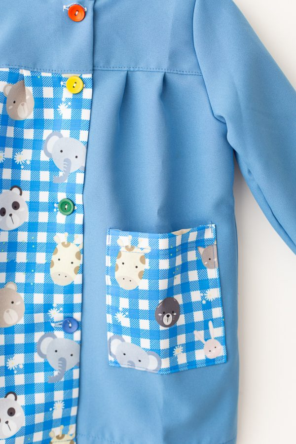 babi-escolar-safari-azul-botones-y-bolsillo