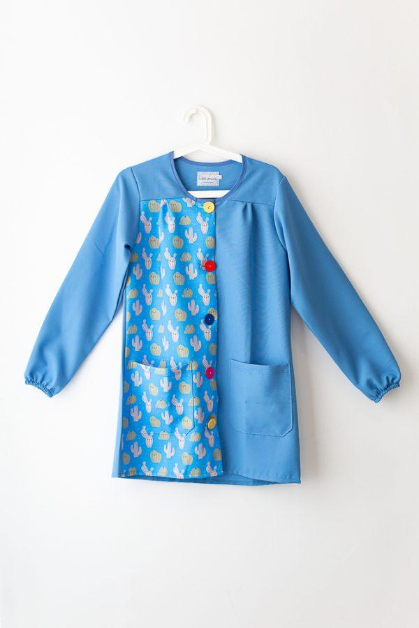 bata-maestra-manga-larga-cactus-estampado-azul